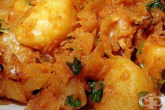 Задушено зеле с картофи - изображение