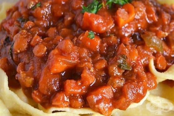 Зеленчуков сос с чесън, копър и магданоз - изображение