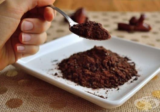 Направете си здравосновна захар от фурми - изображение