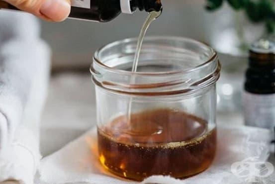 Пригответе си загряващ лосион за масаж с ментово и евкалиптово масло - изображение