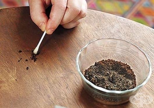 Заличете драскотините по дървените мебели с утайка от кафе - изображение
