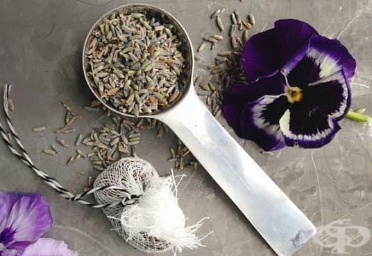 Направете си ароматизирана захар с ухание на лавандула - изображение