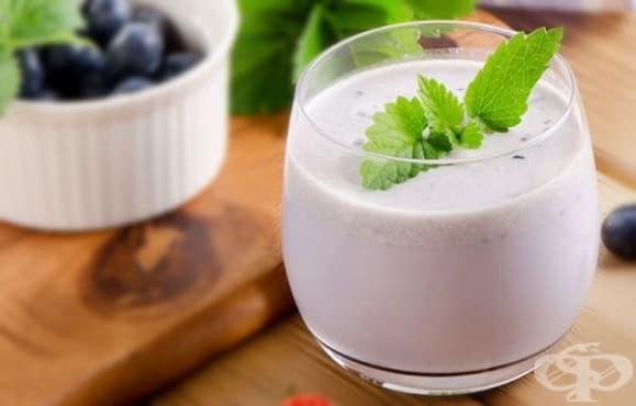 Пригответе  си подмладяваща напитка от боровинки, авокадо и ленено семе - изображение