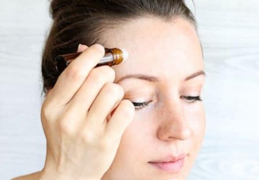 Облекчете главоболието с рол-он от етерични масла - изображение