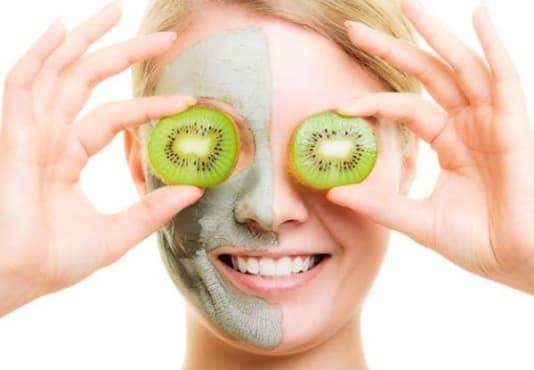 Направете си домашна маска с подмладяващ ефект от грозде и киви  - изображение