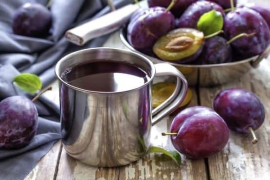 Консумирайте сок от ябълки и сливи против запек - изображение