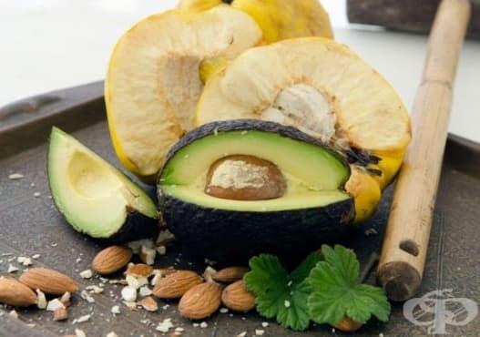 Хидратирайте кожата на лицето си с маска от дюля и авокадо    - изображение