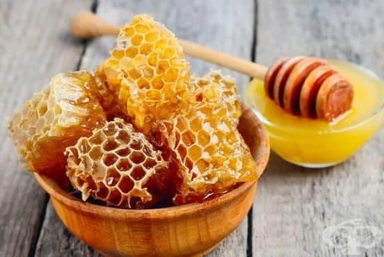 Облекчете подуването на устните с мед - изображение