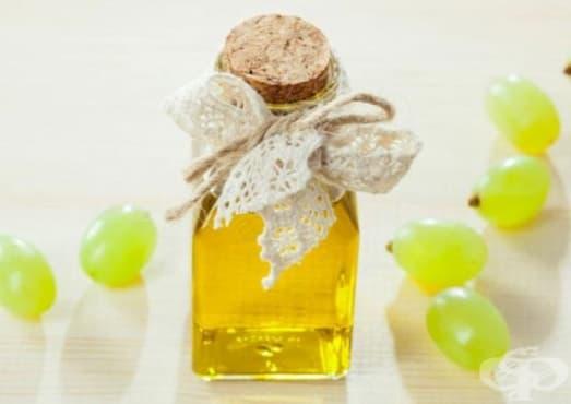 Спрете ранното побеляване на косата с масло от гроздови семена   - изображение