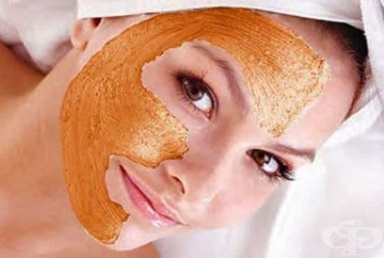Заличете бръчките по кожата с портокалова кора и сандалово дърво - изображение