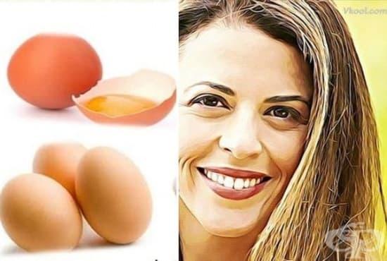 Заличете бръчките около устата с кокосово масло и яйчен белтък  - изображение