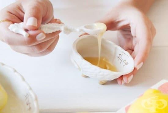 Придайте блясък на косата си с водка, мед, кокос, яйце и майонеза - изображение