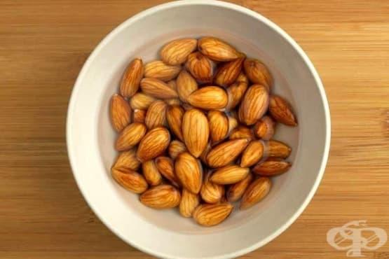 Накисвайте бадемите, за да станат по-полезни - изображение