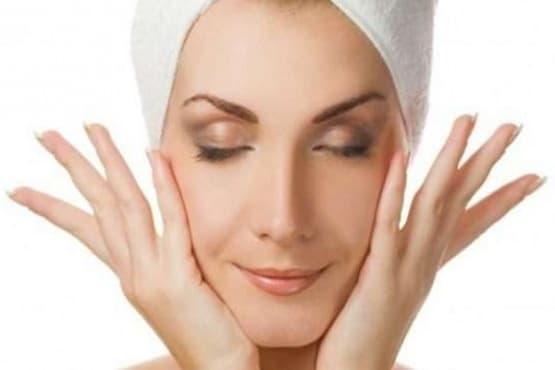 Подхранете кожата си и преборете акнето чрез 2 пробиотични маски за лице - изображение