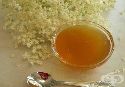 Пригответе си напитка за дълголетие и здраве от сушен бъз и мед - изображение