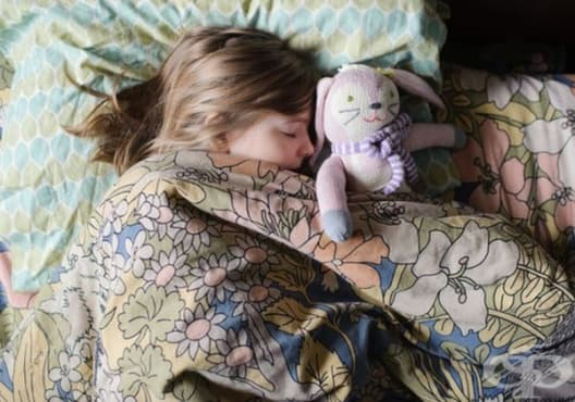 9 неща, които може да направите, за да предотвратите нощно напикаване при деца - изображение