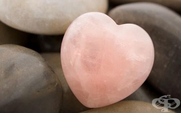 Ако се чувствате самотни или ви липсва любов, носете розов кварц - изображение