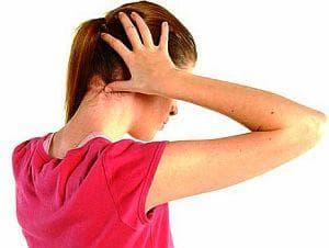 Ако сте уморени сутрин, масажирайте палеца на крака и основата на тила си - изображение