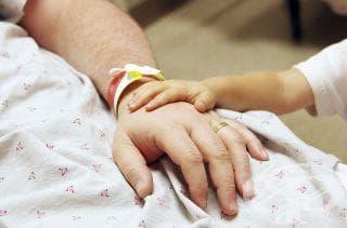 Ако ви се налага да постъпите по спешност в болница, обадете се на ваш близък - изображение