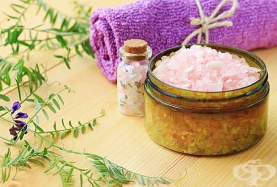 Добавете английска сол и зехтин към ваната, за да облекчите екземата  - изображение