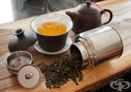 Балансирайте кожата с тоник от краставица и черен чай - изображение