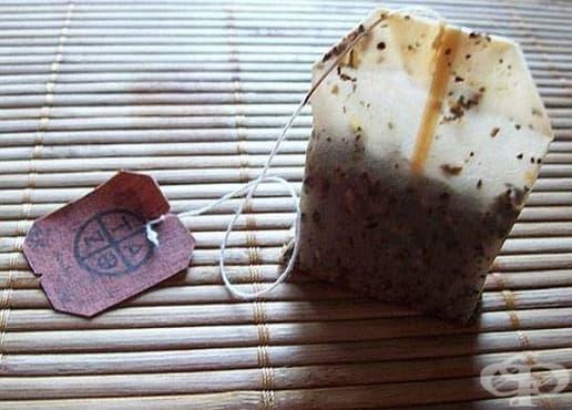 Използвайте чаени пакетчета, за да отстраните мазнината от мръсните съдове - изображение