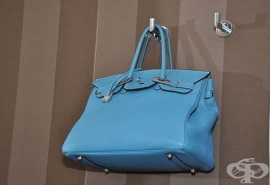 Приложете тази практична идея за съхранение на дамски чанти - изображение