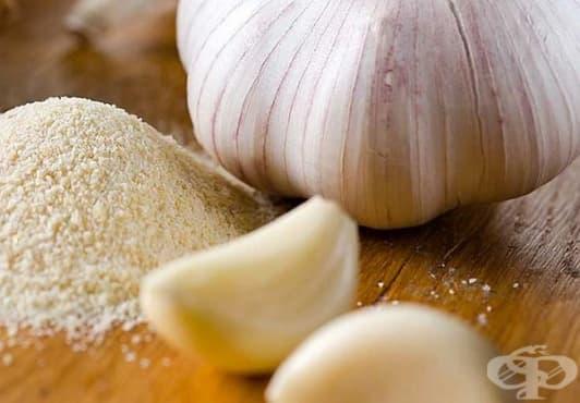 Научете 5 здравни ползи от чесновата сол   - изображение