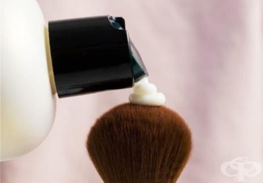 Използвайте 5 необичайни употреби на балсама за коса - изображение