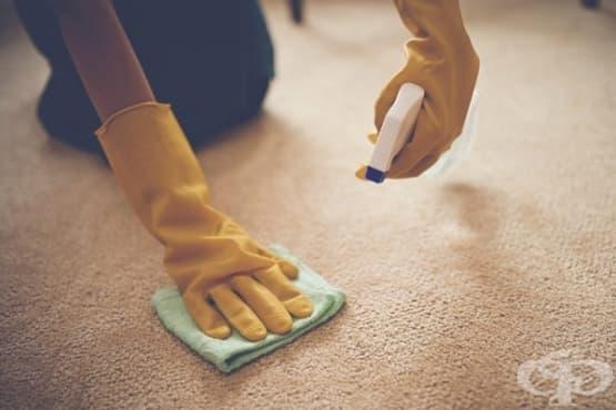 Използвайте 6 трика за премахване на петна от килима - изображение