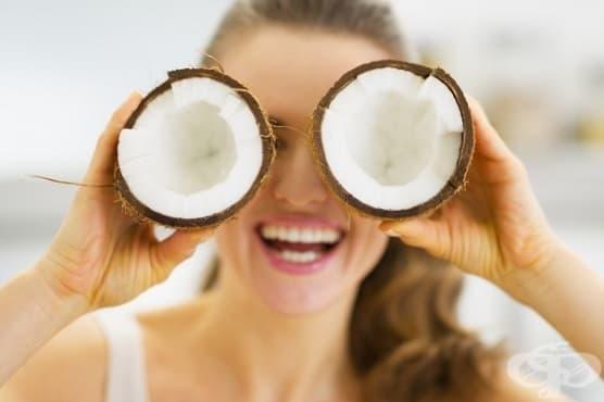 Използвайте кокосова вода срещу акне и суха кожа - изображение