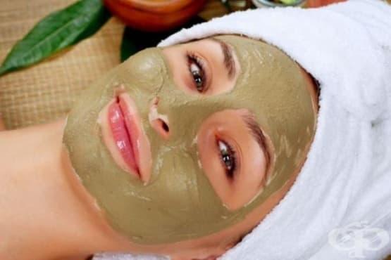 Направете си детоксикираща маска за лице с бяла глина, ябълков оцет и етерични масла - изображение