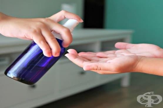 Направете си домашен дезинфектант за ръце с алое вера, глицерин, изопропилов алкохол и масло от грейпфрут - изображение