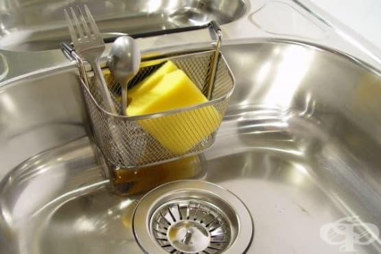 Отпушете запушени канали у дома с бял оцет и сода за хляб - изображение