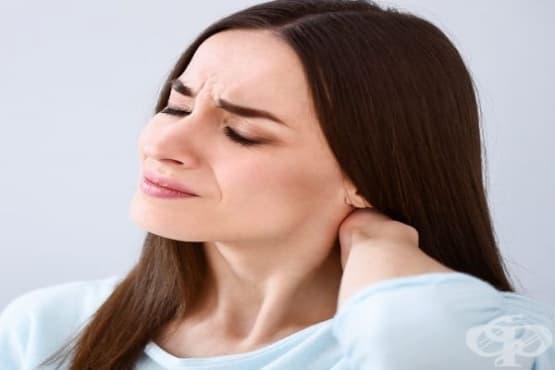 Облекчете болките във врата с етерични масла и зехтин - изображение