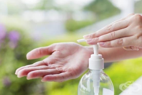 Как да направите натурален дезинфектант за ръце - изображение