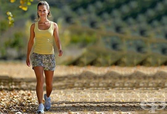 Вижте 3 здравни ползи от ходенето пеша - изображение