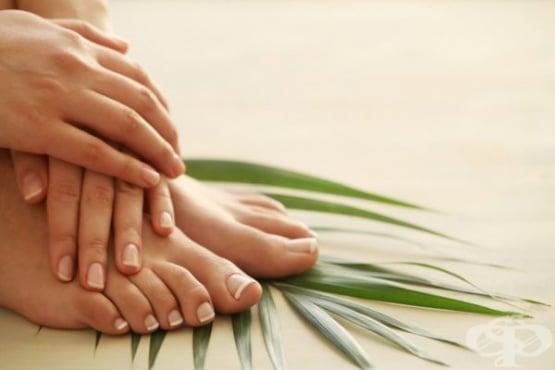 Премахнете гъбичките по ноктите на краката със сода и оцет - изображение