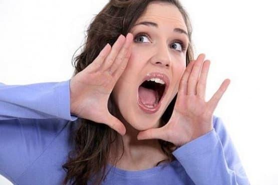 Използвайте 5 ефективни метода, за да се справите с афонията – загубата на гласа - изображение