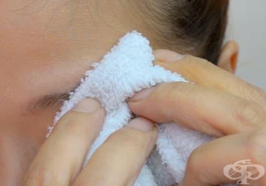 Използвате алое вера за плътни и обемни вежди - изображение