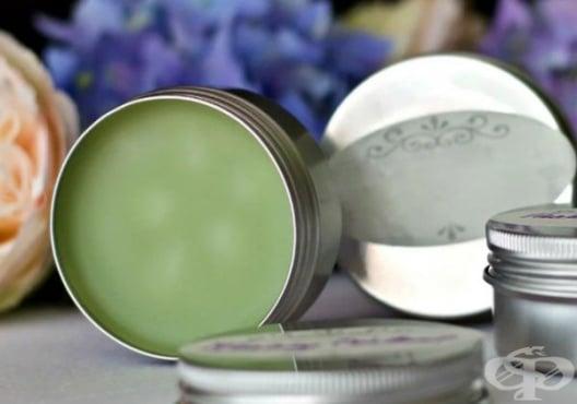 Използвайте мехлем от лайка и хелихризум срещу напукани пети - изображение