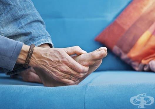 Използвайте оцет и алое срещу подути крака - изображение