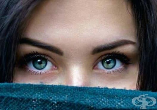 Използвайте трик с пинсета за оформяне на веждите - изображение
