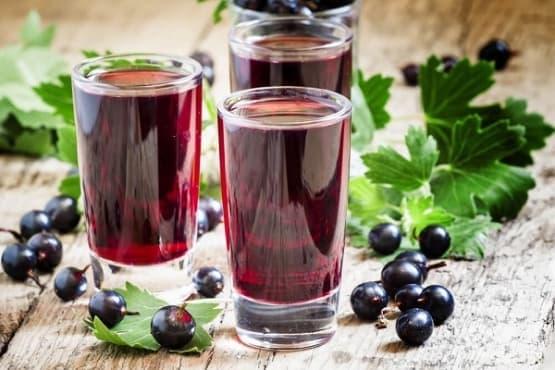 Възстановете имунитета със сок от касис - изображение