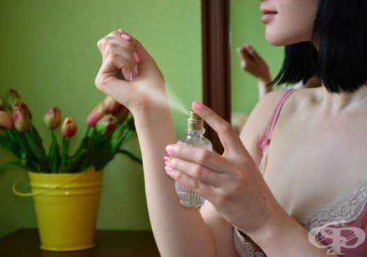 Как да нанасяте правилно парфюм - изображение