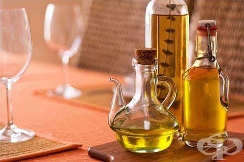Как да почистим мазнината от стъкленото шише? - изображение