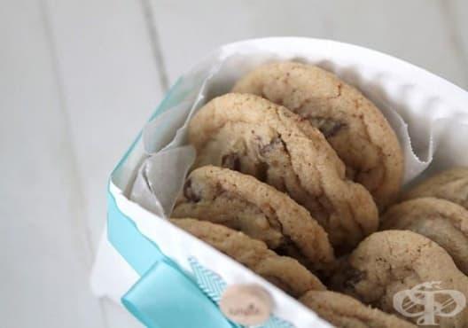 Как да си направим кошница за бисквити от хартиена чиния? - изображение