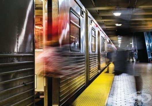 Какво да правим, ако паднем върху релсите в метрото? - изображение
