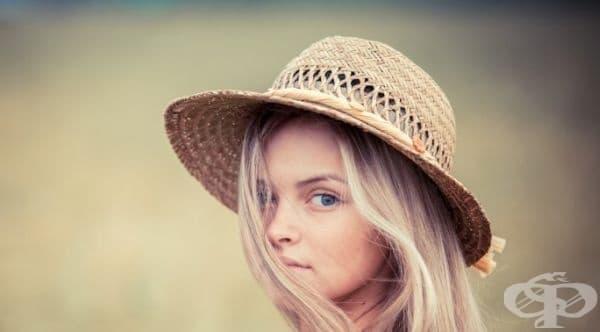 Как да почистим сламената шапка - изображение