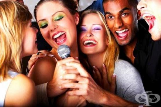 Прогонете стреса и бръчките с пеене - изображение
